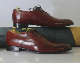 Handmade Men's Burgundy Heart Medallion Dress/Formal Leather Oxford Shoes image 3
