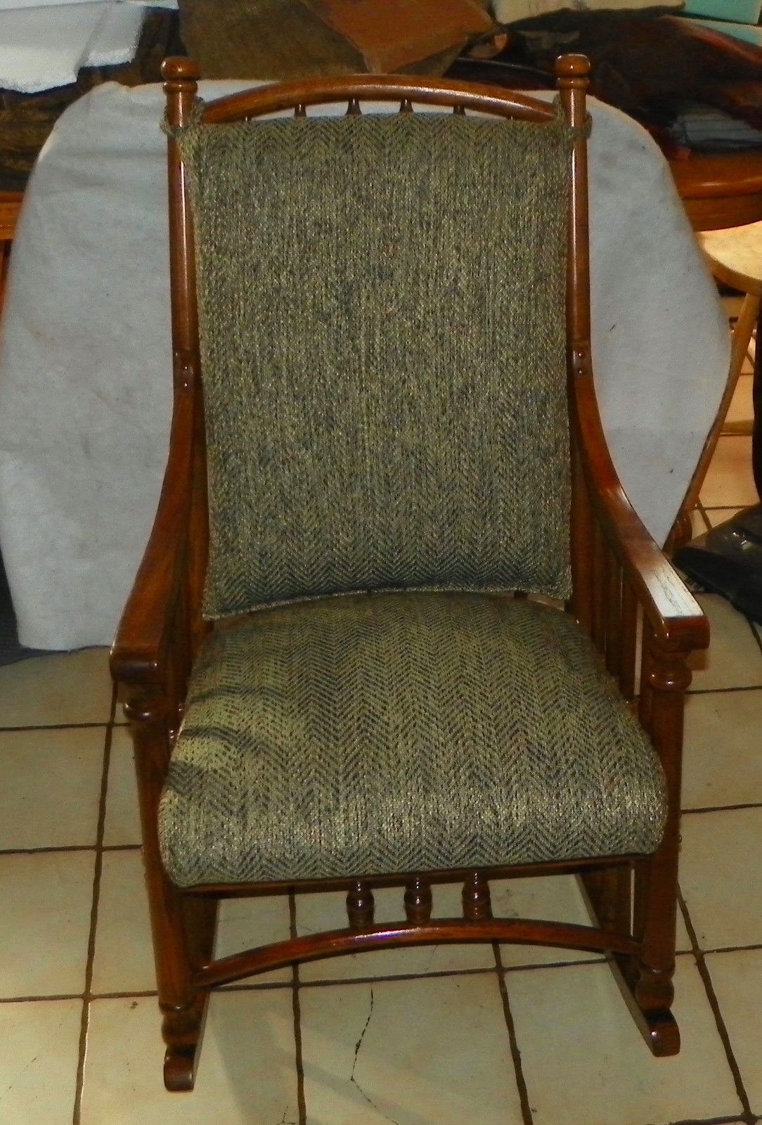 Oak Virginia House Rocker Rocking Chair And 50 Similar Items S L1600