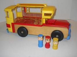 "Playskool RV Motorhome Camper + 3 Figures Wood & Plastic 17x9x8"" Vintage... - $23.33"