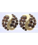 VTG RARE CROWN TRIFARI Gold Tone Topaz Rhinestone Leaf Clip Earrings - $49.50