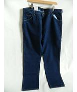 NWT Wrangler Hero Regular Fits Jeans Size 42 X 32 - $21.99