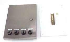 EUROBEX 5400 ESS PANEL BOX ENCLOSURE WITH SQUARE D 9001-K82 BUTTONS / BACK PLATE