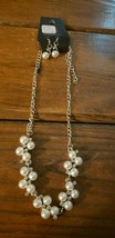 Paparazzi Short Necklace & Earring set (new) #625 WHITE PEARLS & GEMS - $7.61