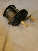 Vintage Unmarked Baitcasting Fishing Reel Made in USA image 1