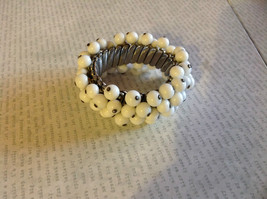 Vintage Rare White Faux Pearl Mechanical Expandable Bracelet