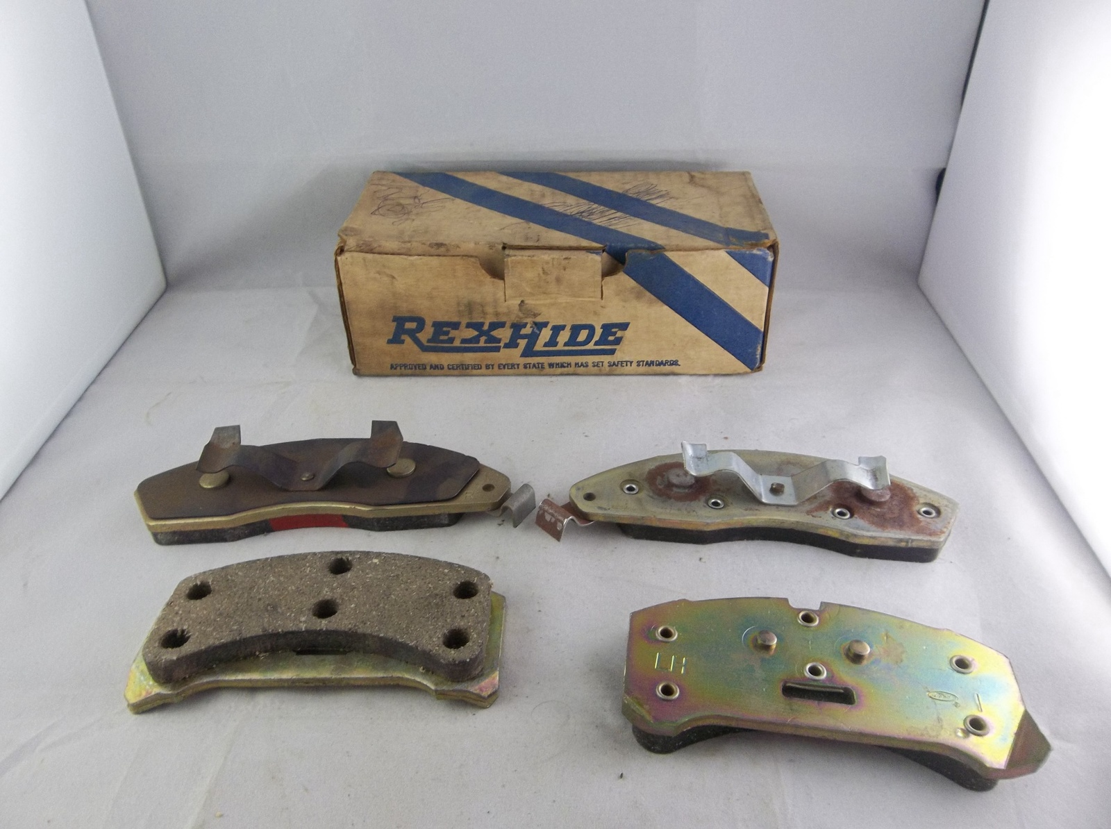 Primary image for 1978-1982 Ford Mercury NOS Rexhide Riveted Disc Brake Pads Set 7072
