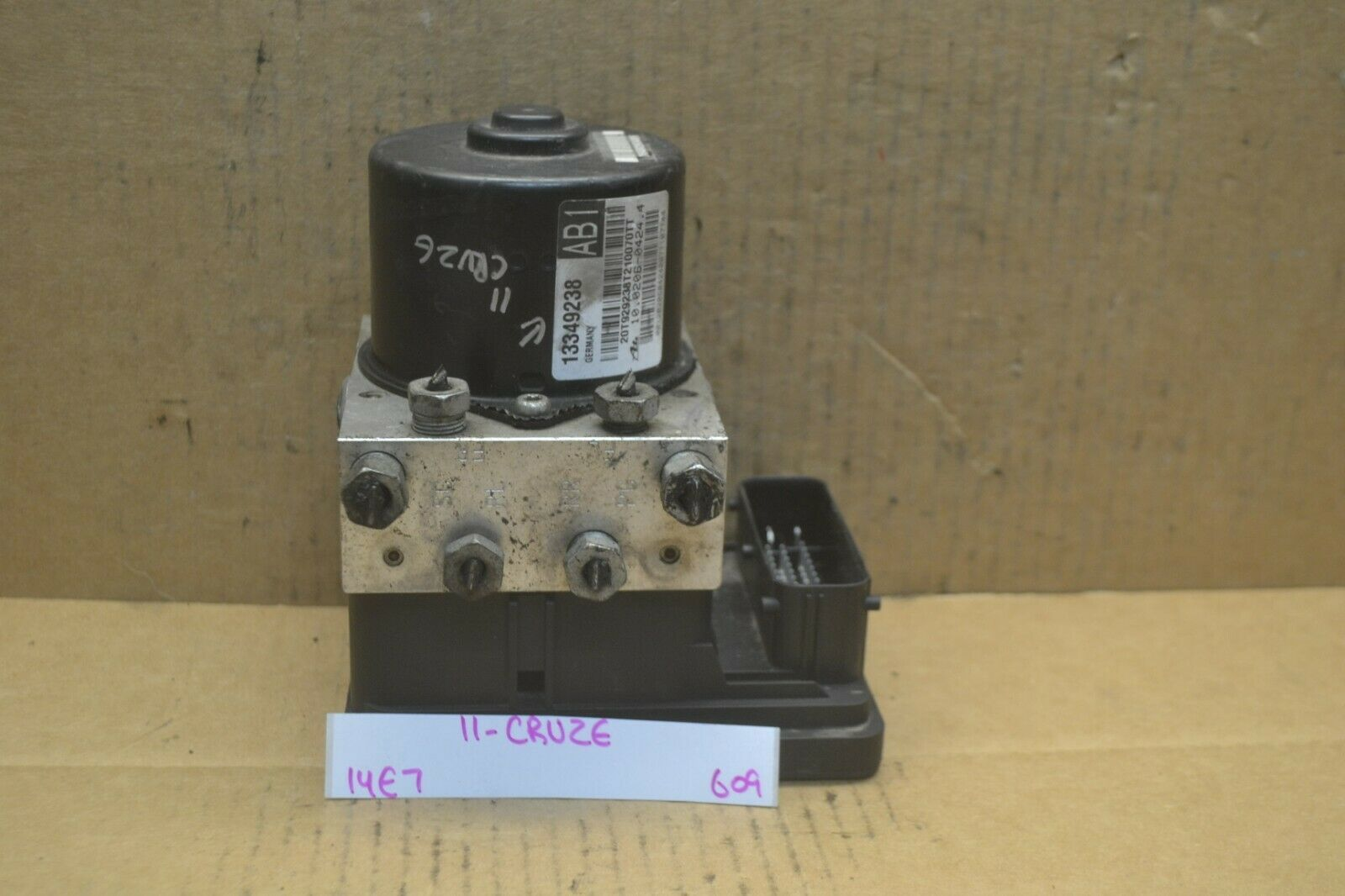 Primary image for 2011 Chevrolet Cruze ABS Pump Control OEM 13349238 Module 609-14e7