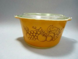 Vintage Pyrex Old Orchard Yellow Fruit Cinderella Covered Casserole Dish... - $8.54