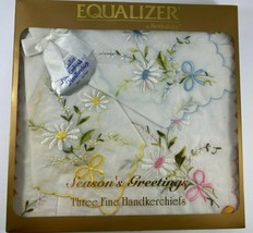 Vintage Equalizer Berkshire 3 Ladies Scalloped Cotton Embroidered Handke... - $9.89