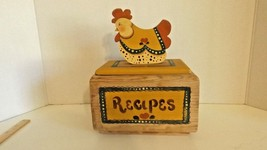 Vintage Wooden Recipe Box with Hen CL27-16 - $14.99
