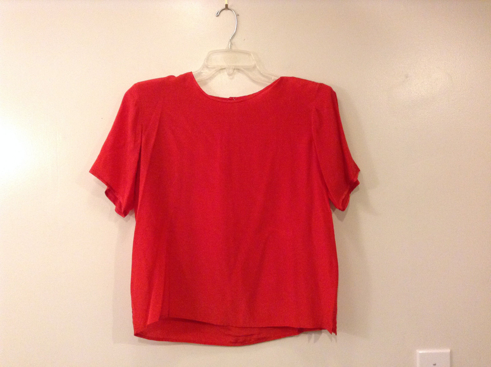 Marguerite Li Women's Size M Crew Top 100% Silk Shell Short Sleeves Tomato Red