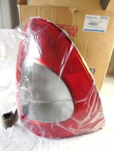 NEW OEM FACTORY 98 99 DAEWOO Nubira Left Tail Light 96306761 SHIPS TODAY - $108.33