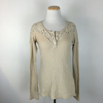 Hollister Women's Boho Brown Waffle Print Lace Back Shirt Size Medium - $13.49