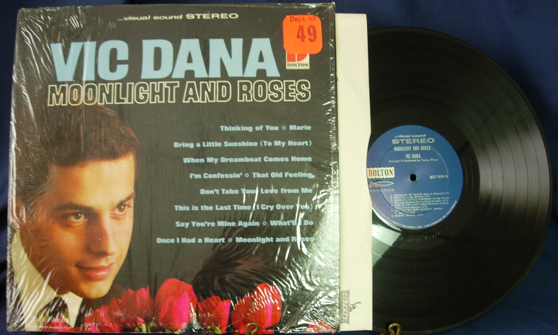 Vic Dana - Moonlight and Roses - Dolton BST-8036