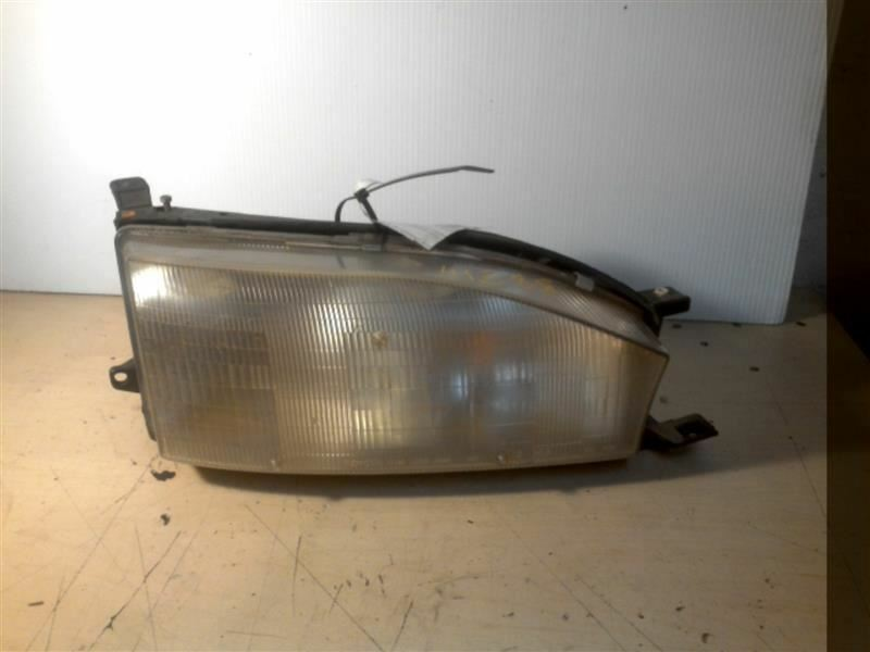 Primary image for PASSENGER RIGHT HEADLIGHT FITS 92-94 CAMRY 261761