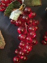 Vintage 60s Clusters of Lucite Red Grapes with leaves/stem/vine image 4