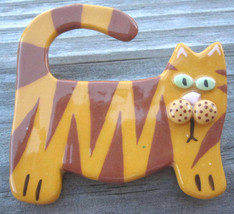Tiger Stripe Kitty Cat Big Ceramic Pin Brooch Artist Signed Vtg Yellow Valentine - $17.15