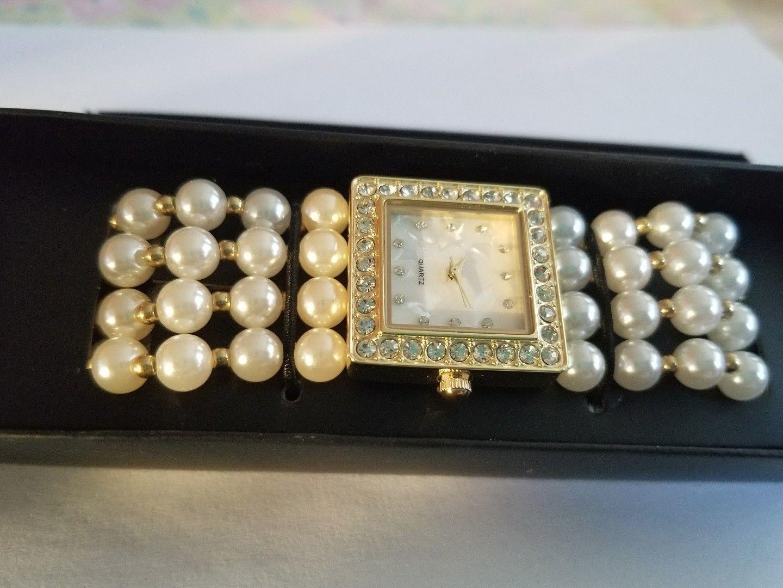 Modern Pearlesque Stretch Bracelet Watch image 2
