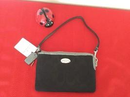 New Authentic Coach F64643 SVE Corner Zip Wristlet Wallet, Black/Silver - $40.00