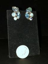 Vintage Weiss Blue Aurora Borealis Rhinestone Molded Glass Leaf Clip-On ... - $13.61