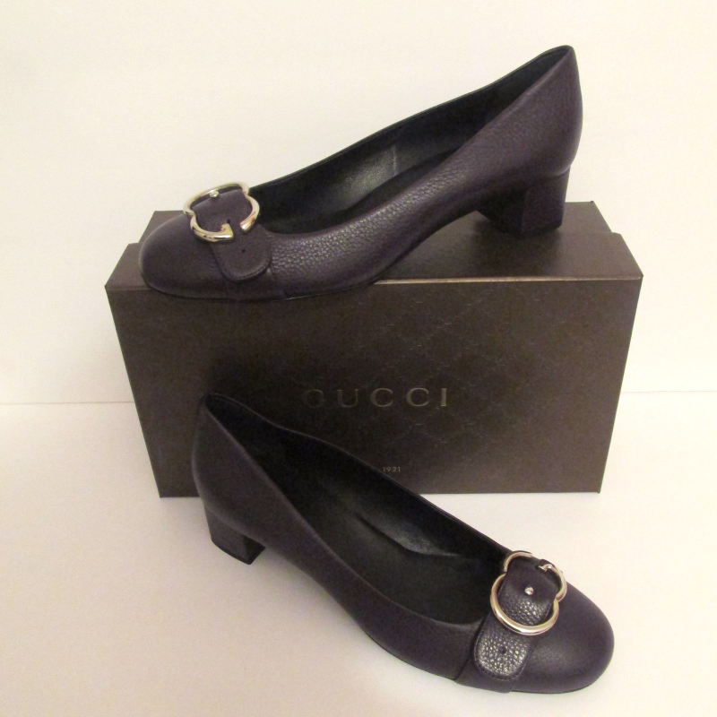 998d658c95d Img 5044954880 1509887761. Img 5044954880 1509887761. Previous. Gucci  Purple Pebbled Leather Interlocking G Pump - Size ...