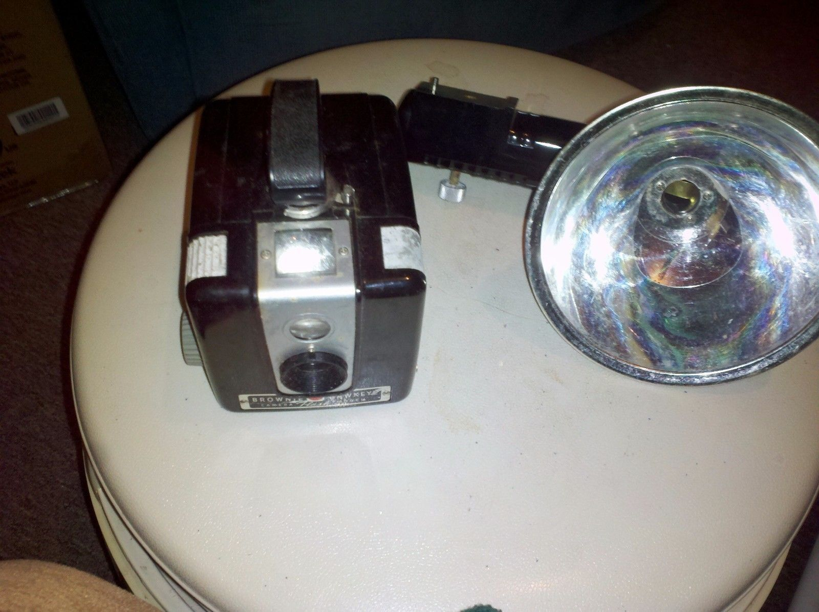 Vintage '50s Kodak Brownie Hawkeye Flash and 11 similar items