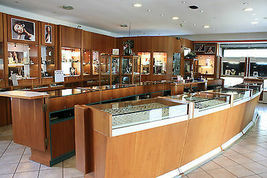 18K WHITE GOLD BRACELET, OVAL GREEN TOURMALINE, PERIDOT FOUR LEAF CLOVER PENDANT image 4