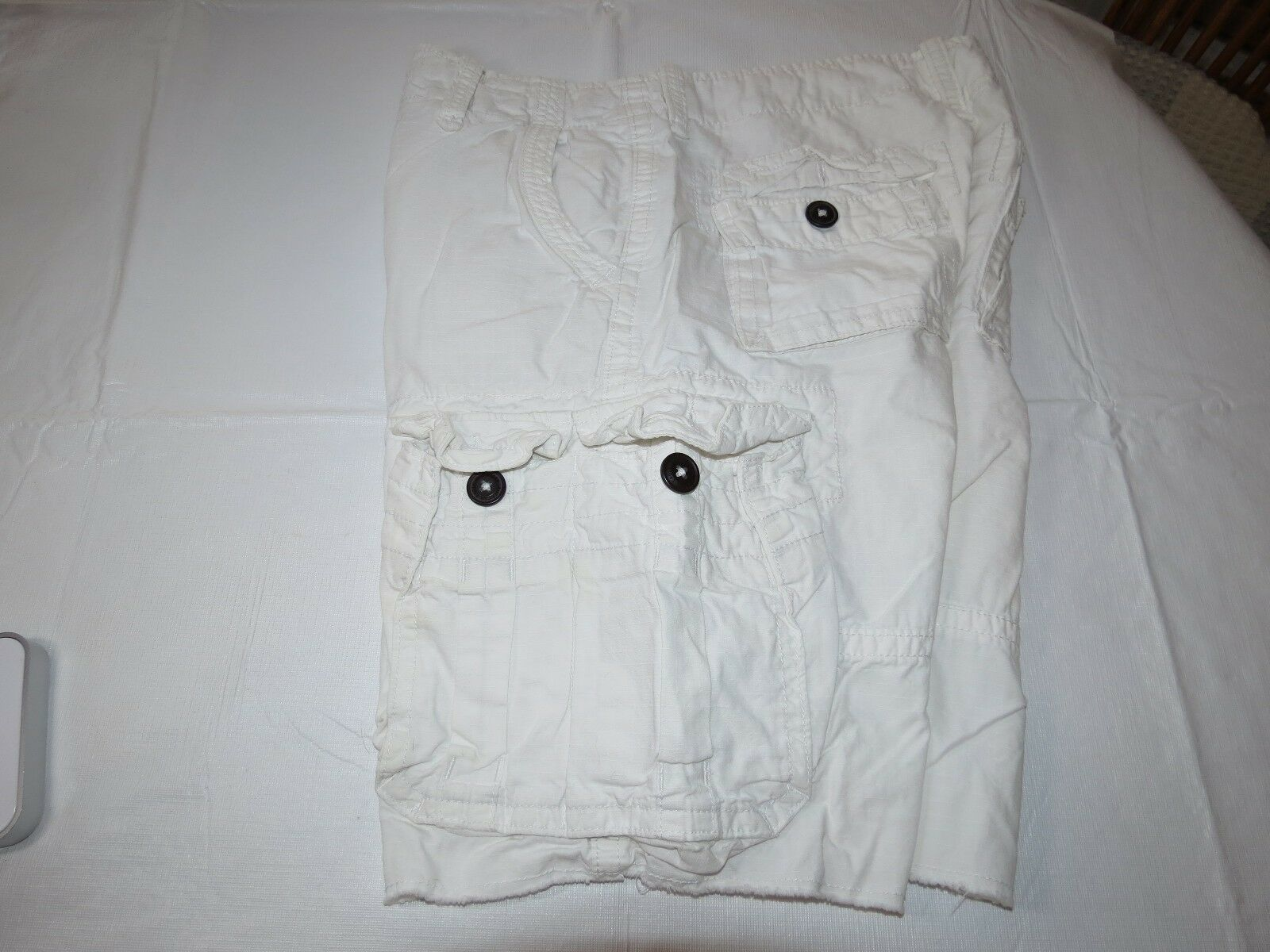 Men's American Eagle Outfitters Classic Length cargo shorts 30 pre-owned EUC <>