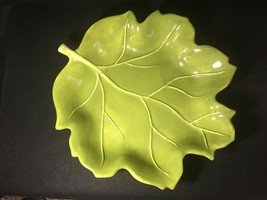 """TABLETOPS UNLIMITED """"Nature"""" Giant Green Leaf Platters Maple OR Oval - $32.95"""