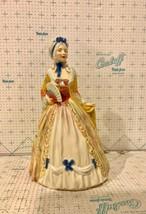 Royal Doulton Porcelain Figurine HN2007 Mrs Fitzherbert - $199.95