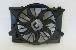 Mercedes R230 SL500 cooling fan w/shroud 1137328108 - $117.80