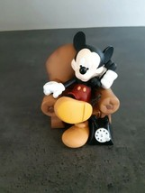 Extremely Rare! Walt Disney Mickey Mouse in Chair Demons Merveilles Fig ... - $297.00