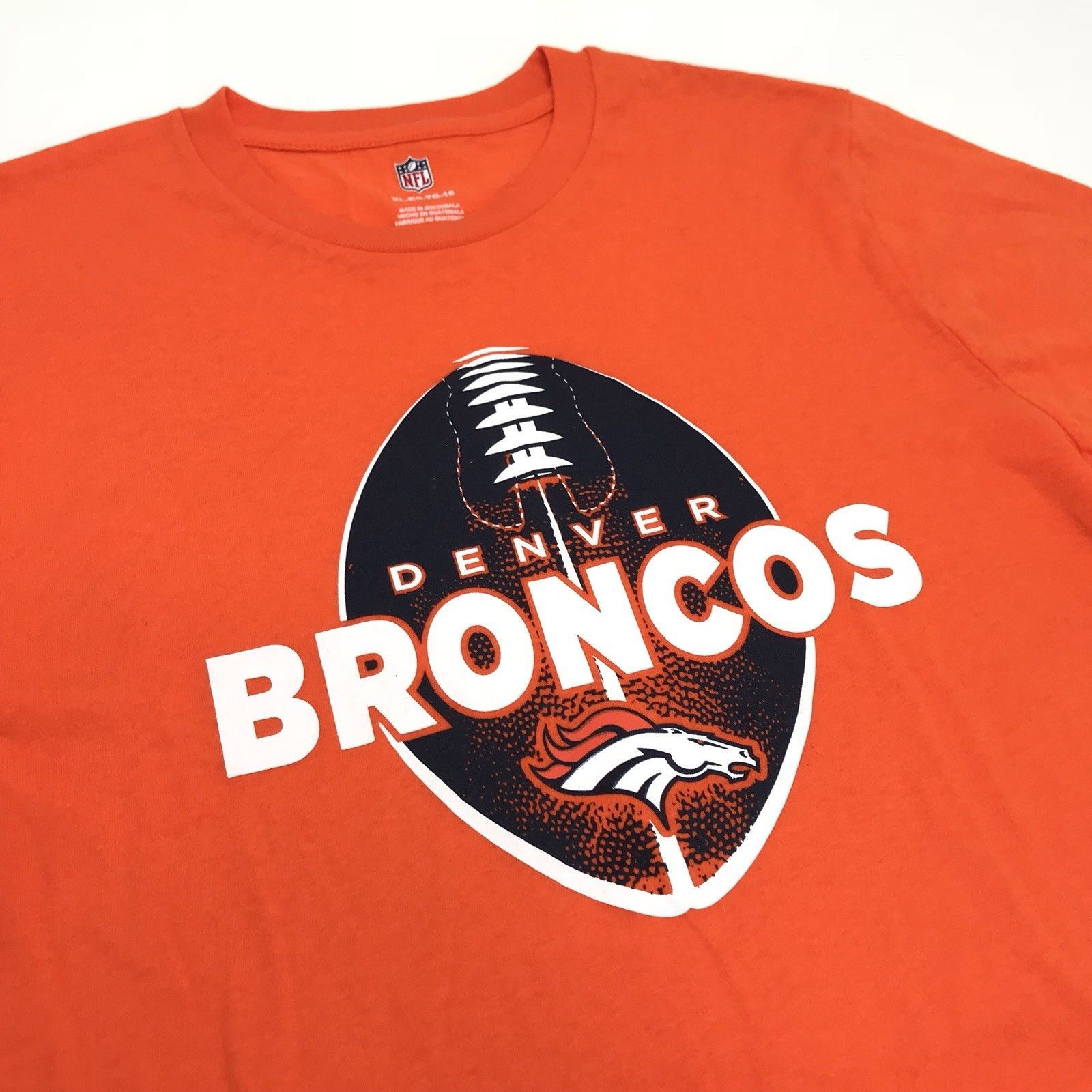 c47e1cccc29 NFL Denver Broncos Football Shirt NEW Men XL Orange Short Sleeve Tee