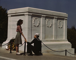 Sailor and girlfriend at Tomb of the Unknown Soldier in Arlington Photo ... - $6.16+