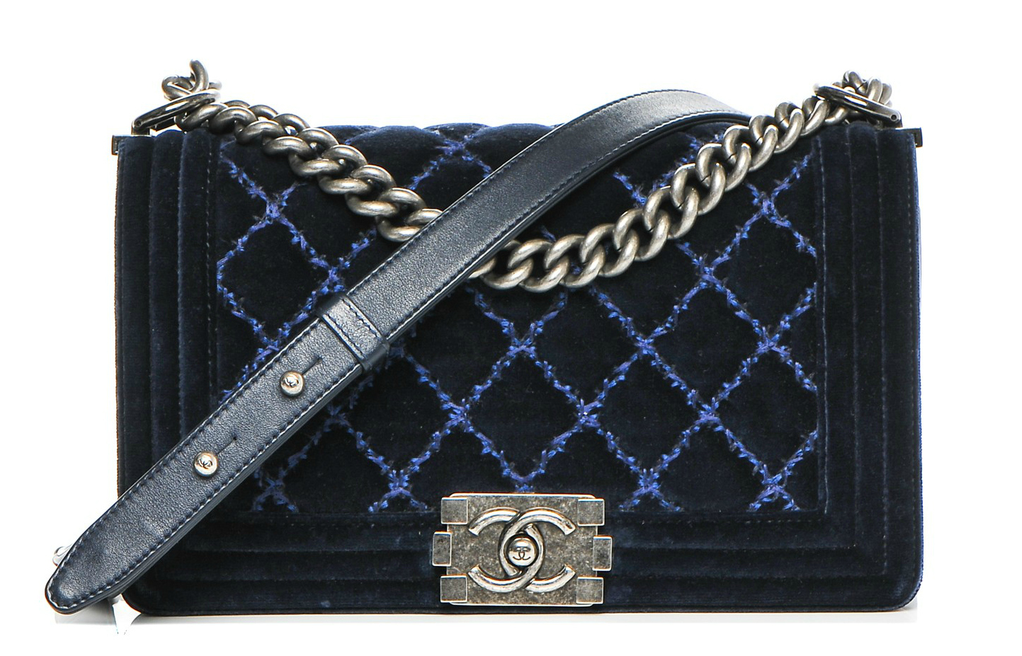 Chanel velvet quilted medium boy flap dark navy blue 00he
