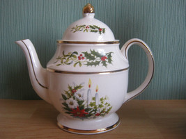Vintage Price and Kensington Teapot with Holly ... - $35.60
