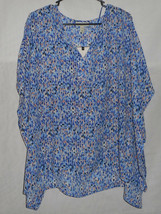 New Womens Size Medium Short Sleeve Top Blue White Coral Geometric Dana ... - $11.87