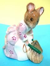 "Royal Albert Hunca Munca Sweeping Beatrix Potter Figurine Great Shape 3 1/2"" SHP - $64.35"