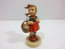 Goebel Hummel Vintage LITTLE SHOPPER Figurine nro. 96 (W. Germany 1960s) - $48.01