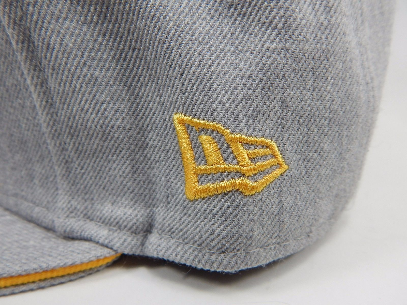 Los Angeles Lakers New Era Size 7 Fitted 59Fifty NBA Cap Hat Light Gray