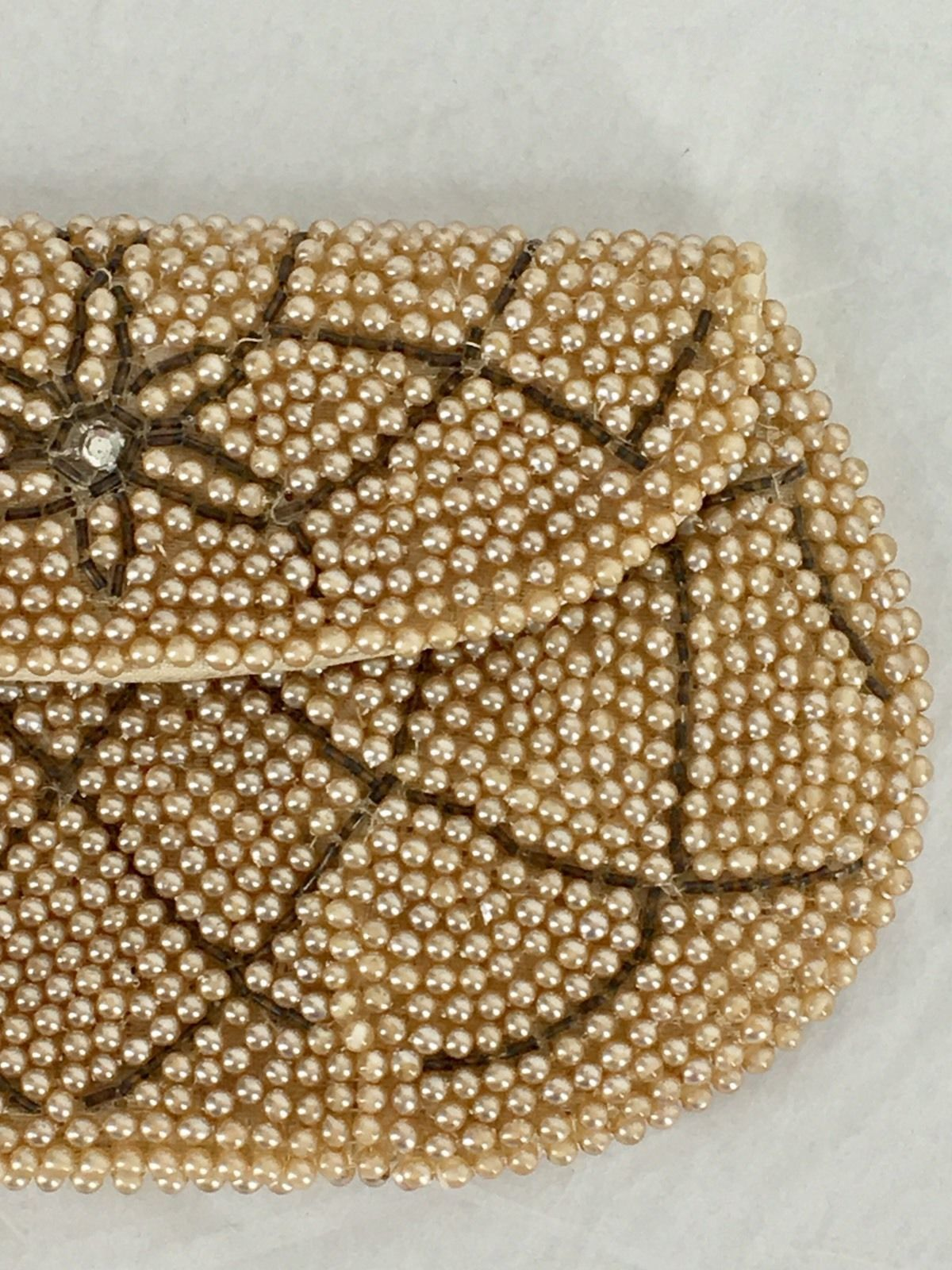 Vintage Mid Century Faux Pearl Beaded Change Coin Purse Made In Japan