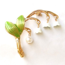Lily of The Valley Green Leaf White Flower Lovely Elegant Enamel Brooch ... - $8.99