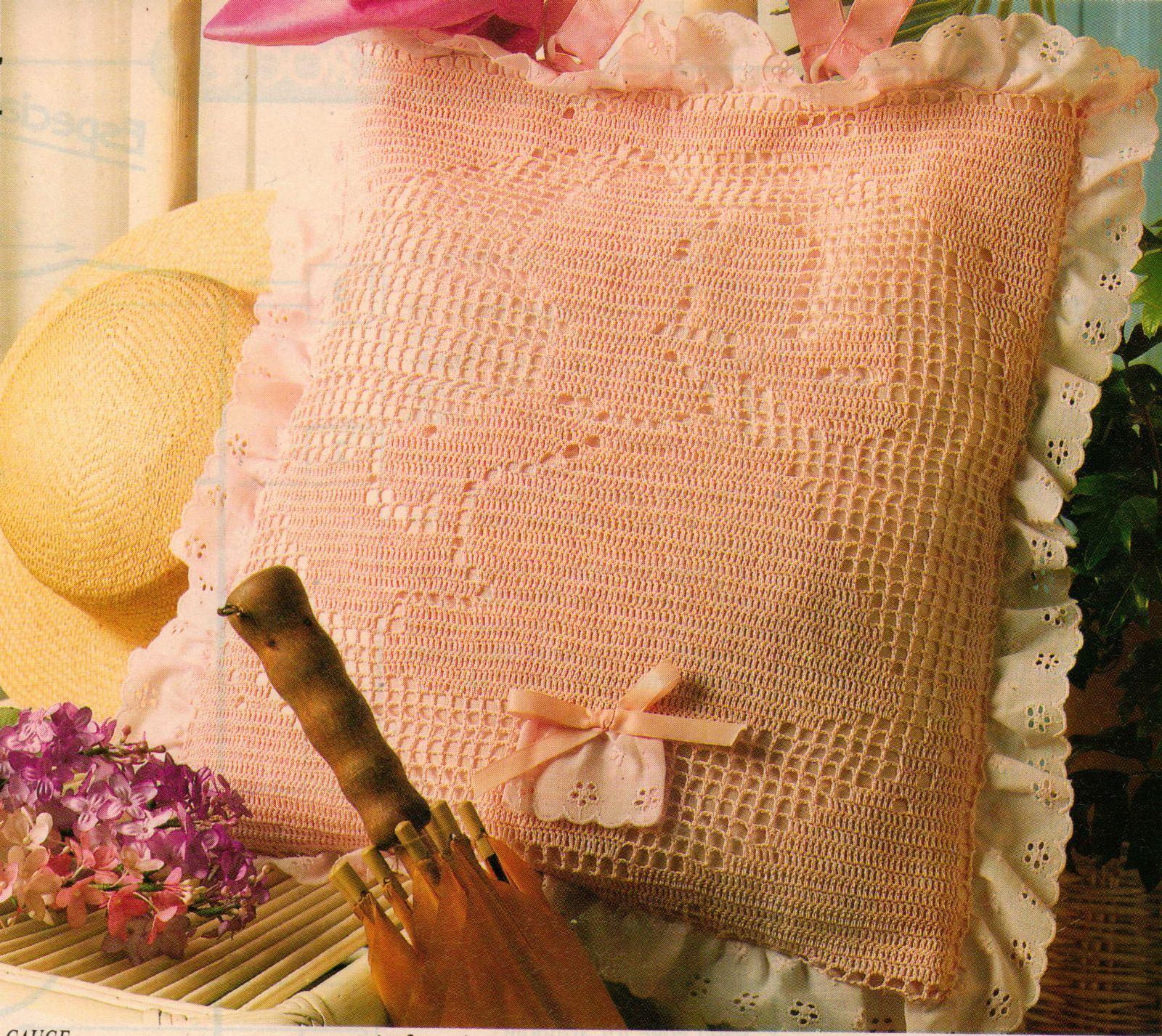 Little Miss Muffet Carryall Tote Peter Pan Collar Shell Cardigan Crochet Pattern