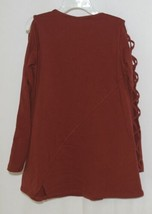 Simply Noelle Curtsy Couture Girls Cutout Long Sleeve Shirt Paprika Size Medium image 2