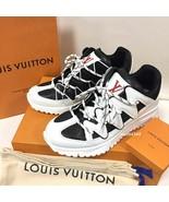 LOUISVUITTON Auth zigzag line sneakers - $1,432.87