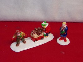 Snow Village Christmas Puppies 543211992-1996 Mint In Box - $13.72