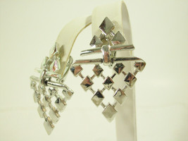 Silver Plate ARROW DANGLE Articulated Chevron Drop Clip Earrings Vintage... - $12.86