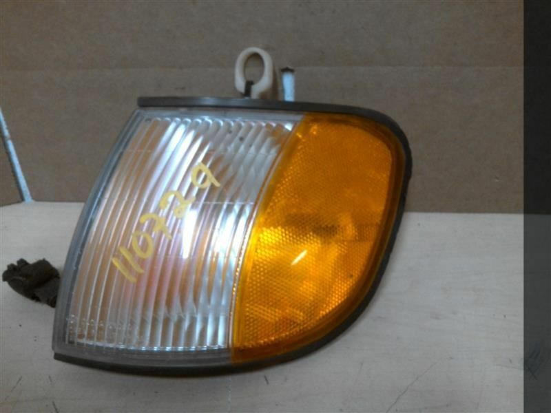 Primary image for Passenger Corner/Park Light Park Lamp-turn Signal Fits 01-02 SPORTAGE 196253