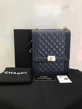 AUTHENTIC CHANEL 2019 LE BOY NAVY QUILTED LAMBSKIN FLAP BAG Gold HE image 1