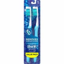 Oral-B 3D White Vivid 35 Medium Manual Toothbrush, 2 count - $8.49